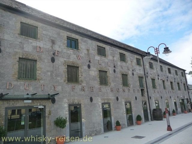 Tullamore Dew Whiskey Distillery Whisky Tour
